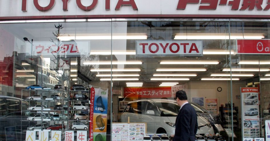 Toyota, Honda dominate in the US, but GM and Ford are failing in Japan