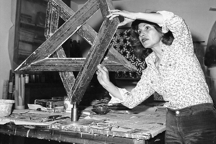 Tributes to Monir Shahroudy Farmanfarmaian, giant of contemporary Iranian art