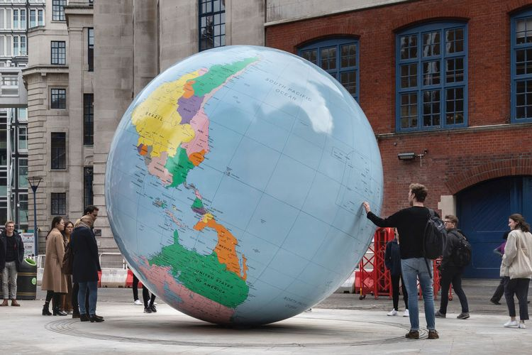 Wallinger's upside-down globe outside LSE angers Chinese students for portraying Taiwan as an independent state