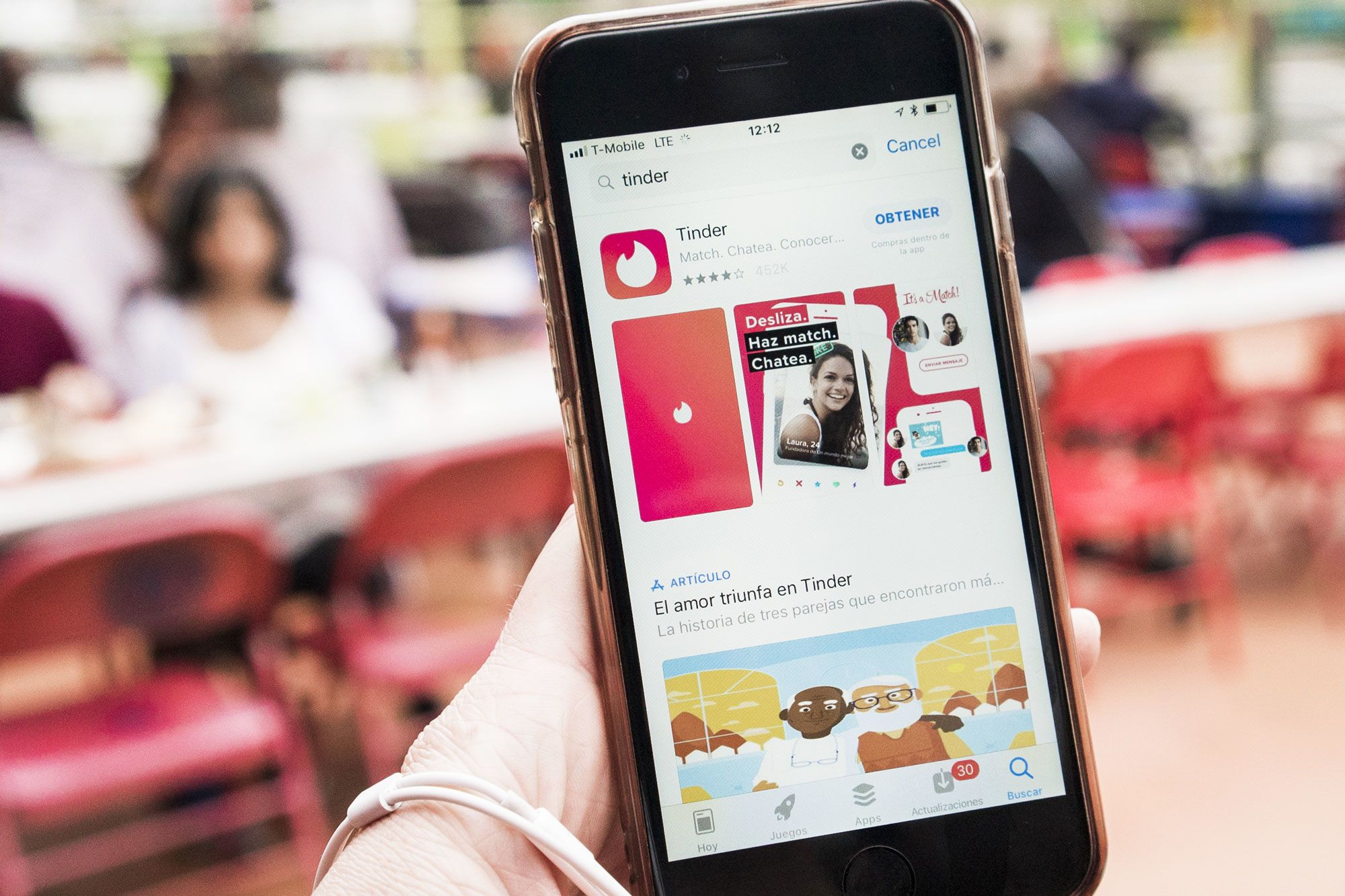 Adults using dating apps more likely to have an eating disorder: Study