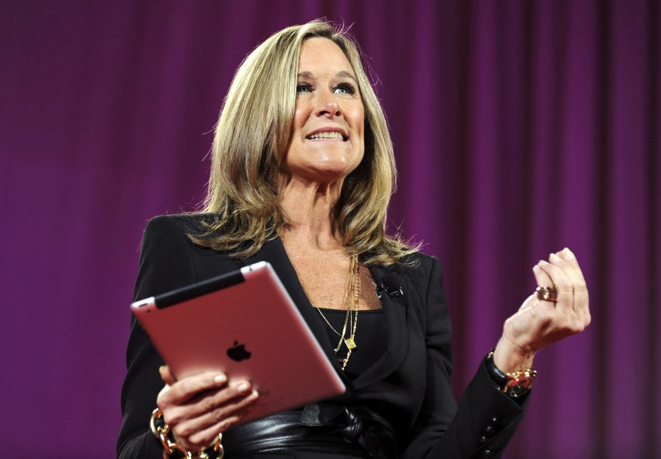 Former Apple retail boss Angela Ahrendts joins Airbnb's board