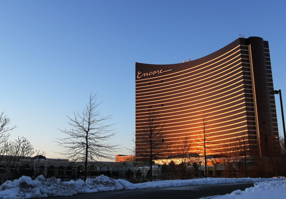 Gaming commission to allow Wynn Resorts to retain its gaming license