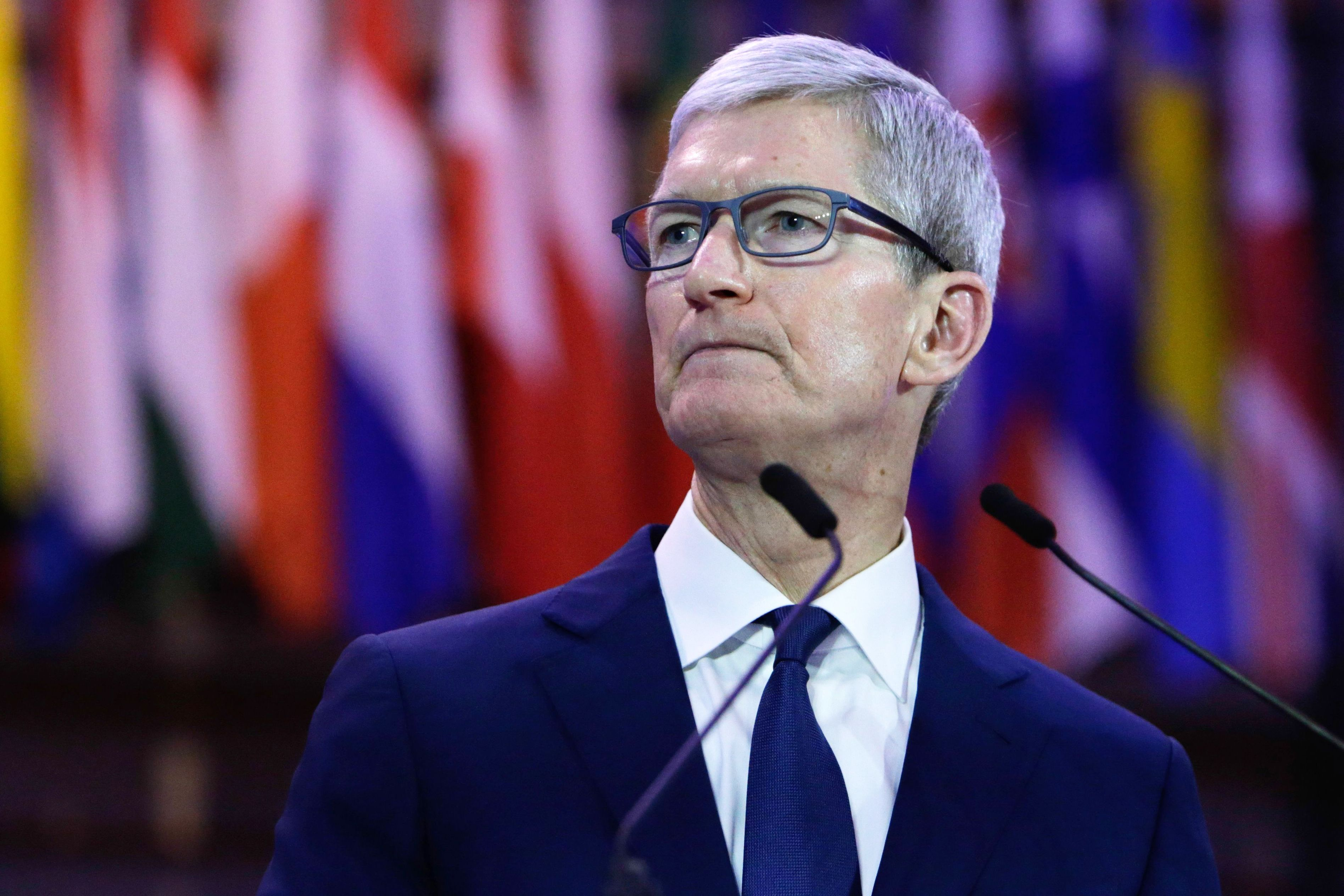 Morgan Stanley cuts price target on Apple: 'Shares to remain choppy'