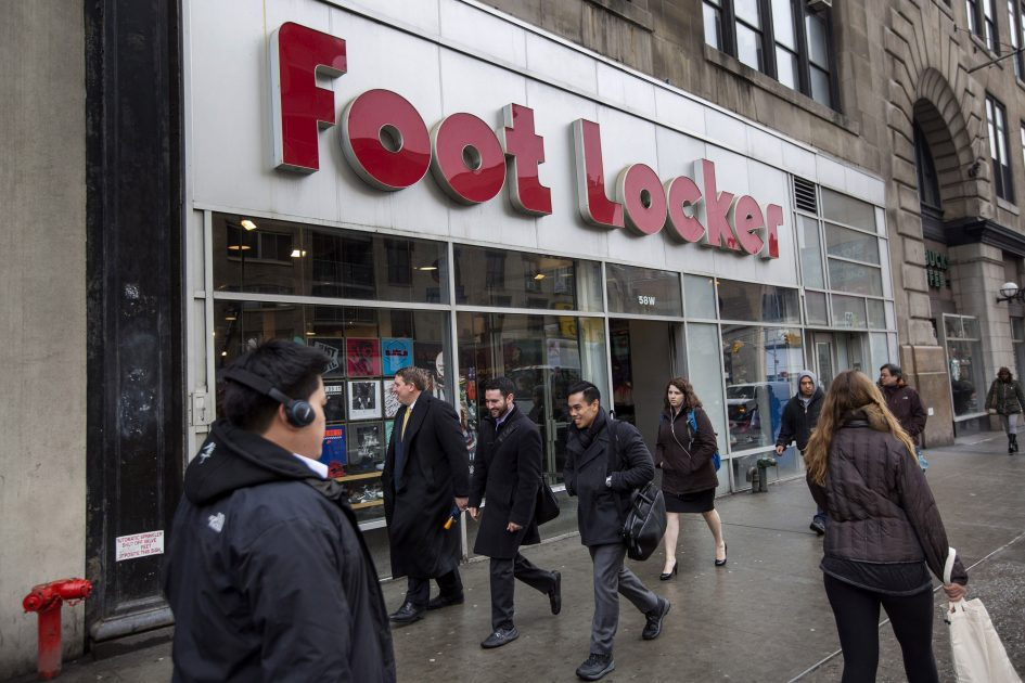 Shares of Foot Locker plummet, as earnings miss Wall Street estimates