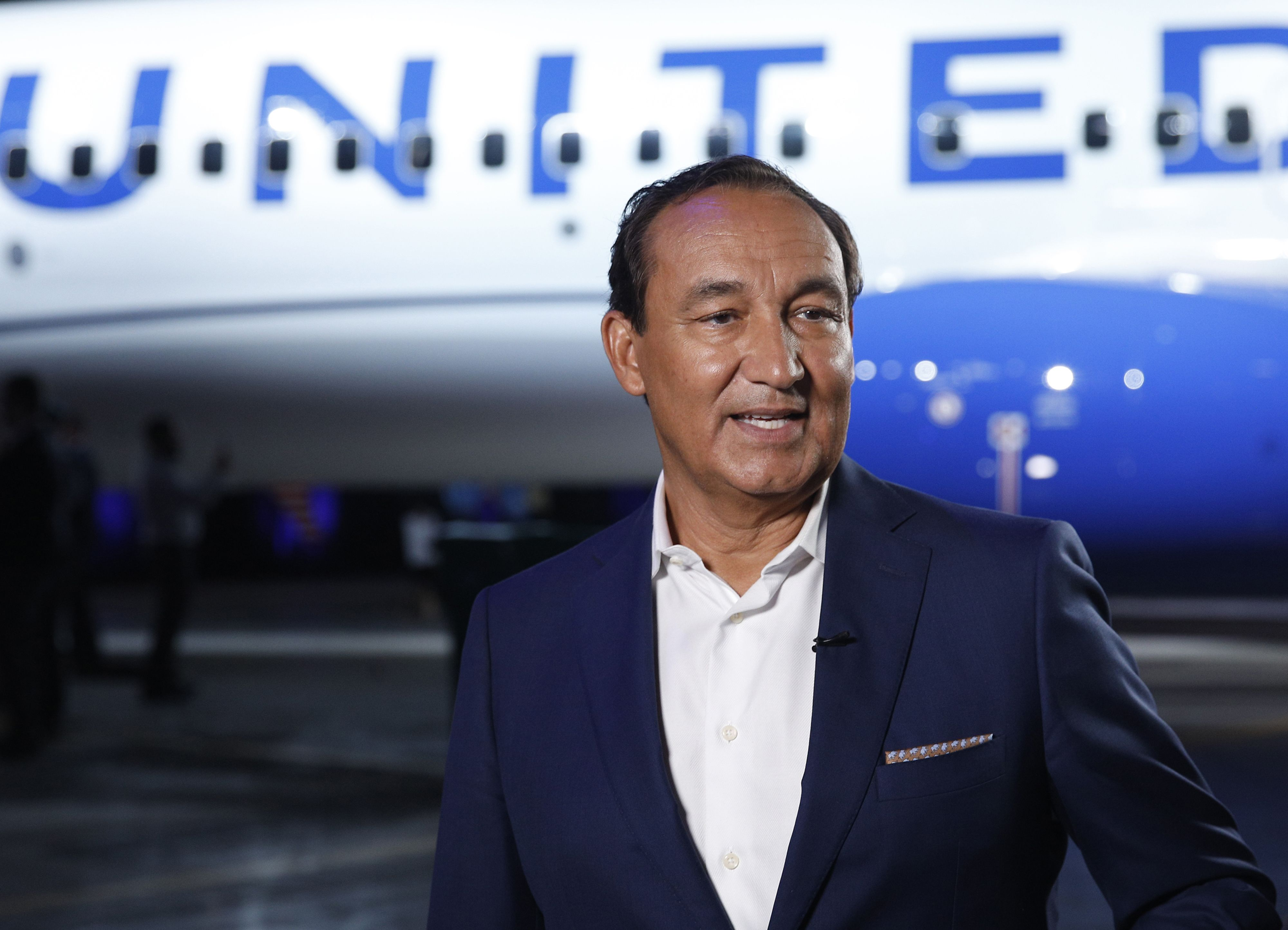 United Airlines CEO Oscar Munoz on what happens when 737 Max returns