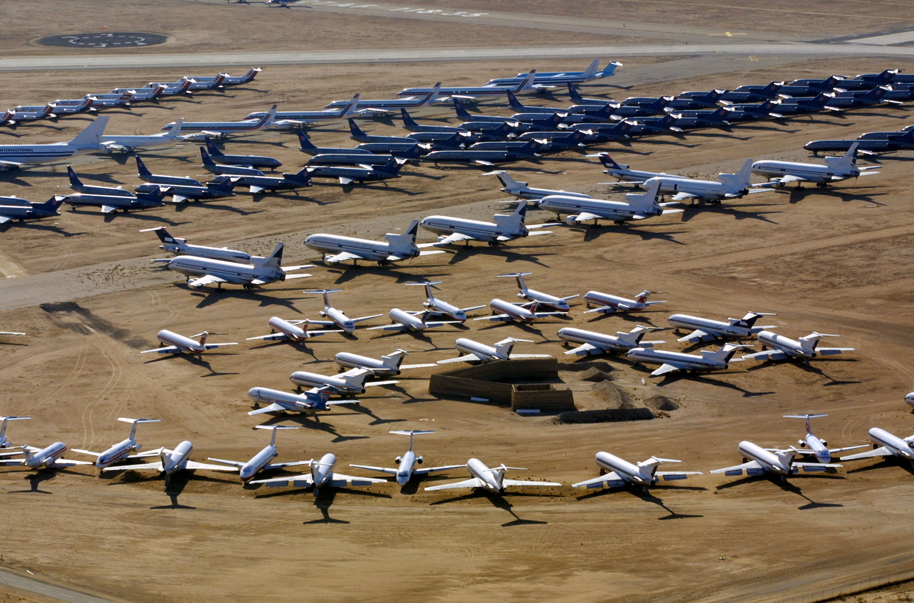 Airline industry cuts profit outlook; cargo business hurt by trade war