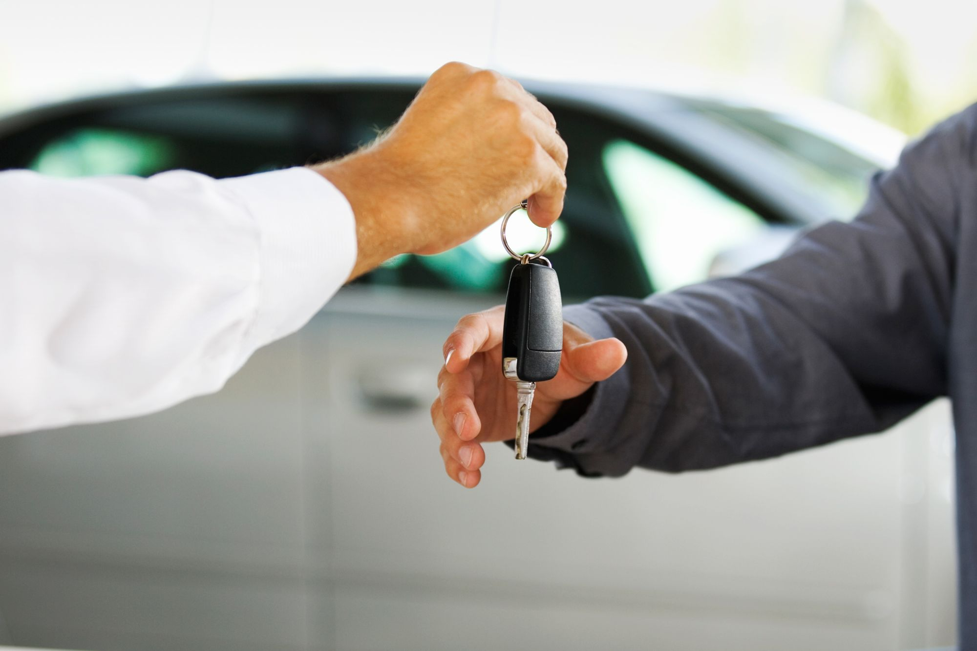 Auto loans hit record high, sending borrowers to the used market