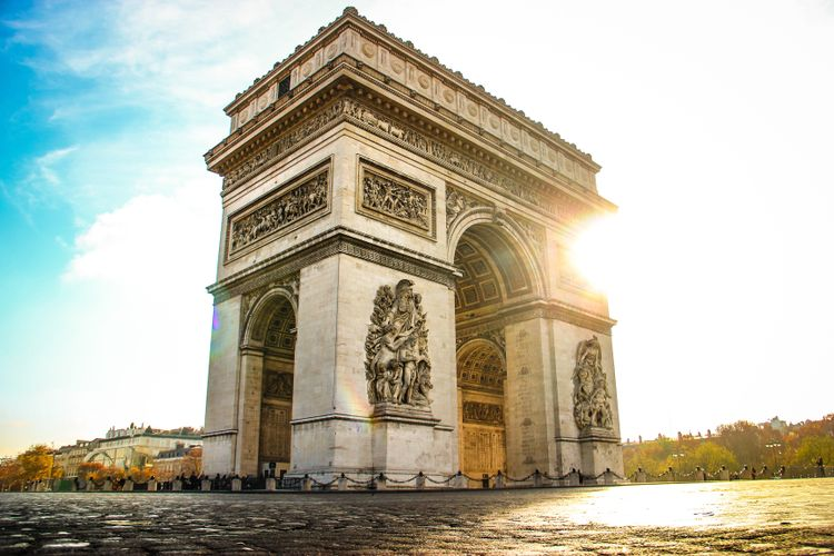 Olafur Eliasson commissioned to light up the Arc de Triomphe