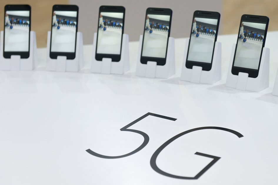 US considers requiring 5G equipment for domestic be made outside of China: WSJ