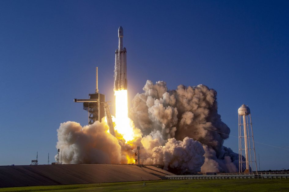 Watch Falcon Heavy launch complex Air Force mission
