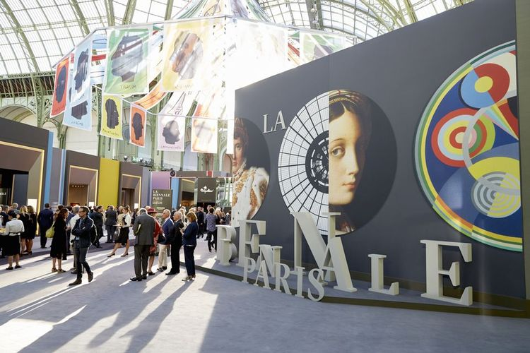 Biennale Paris vetting committee co-presidents withdraw two months before the fair is due to open