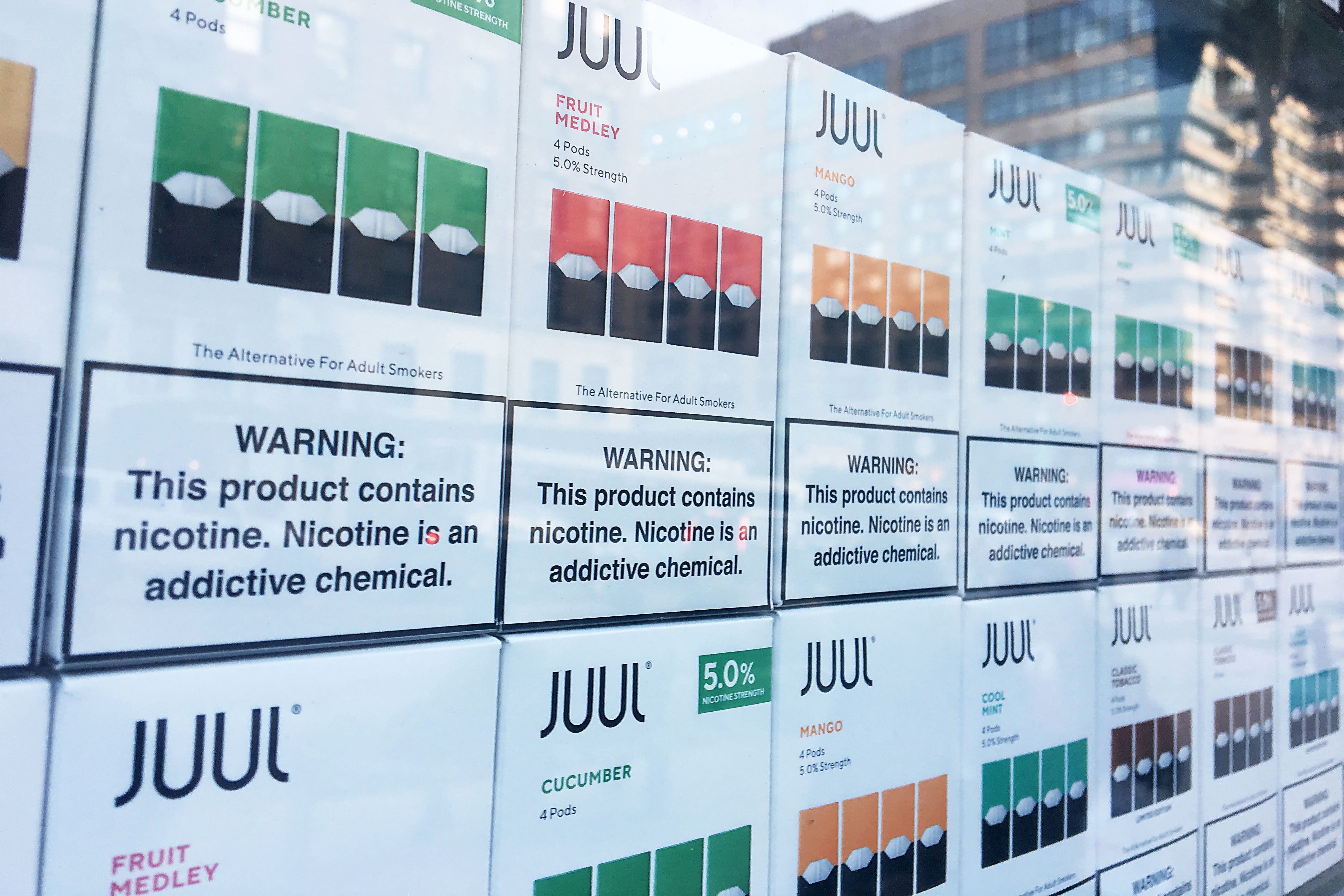 FDA 'stands ready' to accelerate review of e-cigarettes
