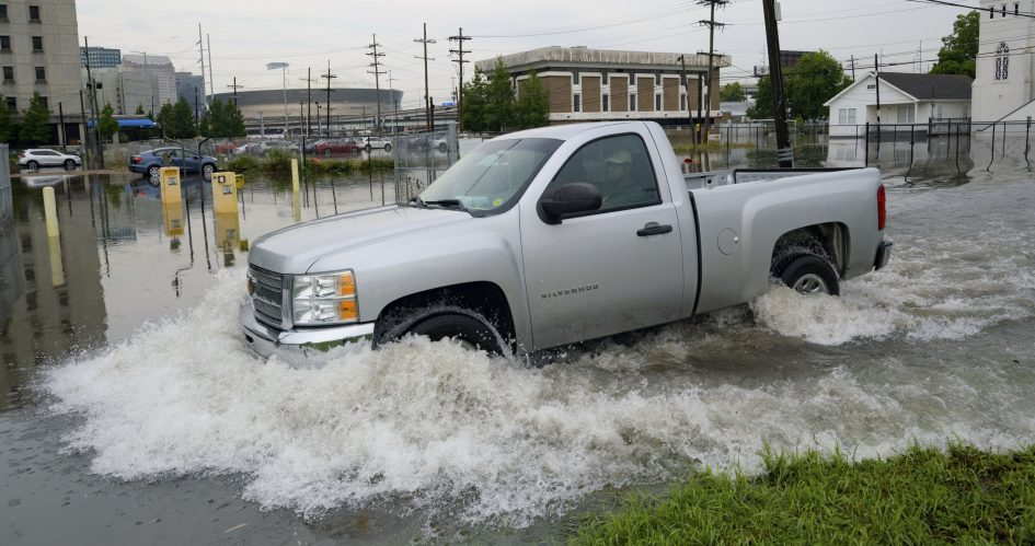 New Orleans' levees face a hard test as storm bears down