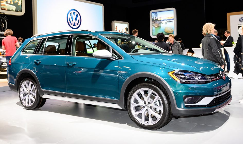 VW pounds another nail in the coffin of the station wagon