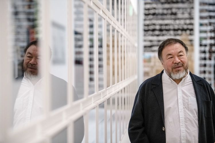 Ai Weiwei sends research team to Hong Kong as demonstrations continue