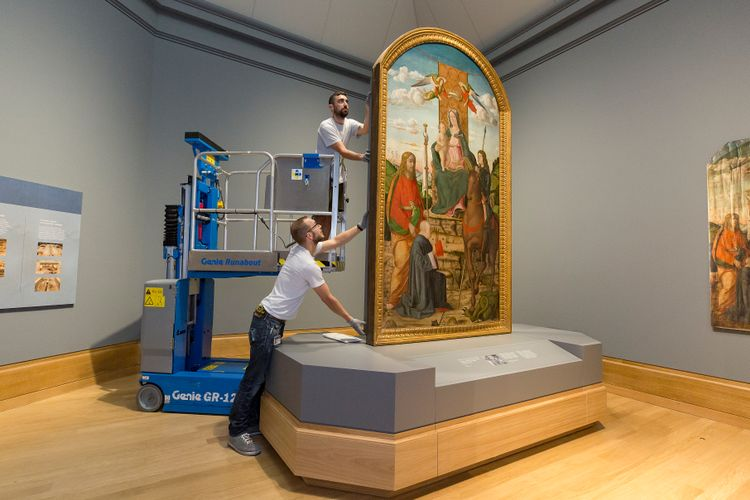 Delicate seven-year restoration of altarpiece finally completed at London's National Gallery