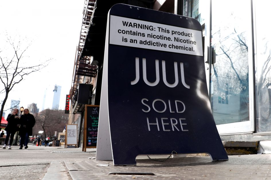 Fake Juul pods fill shelves after vaping giant pulled fruity flavors