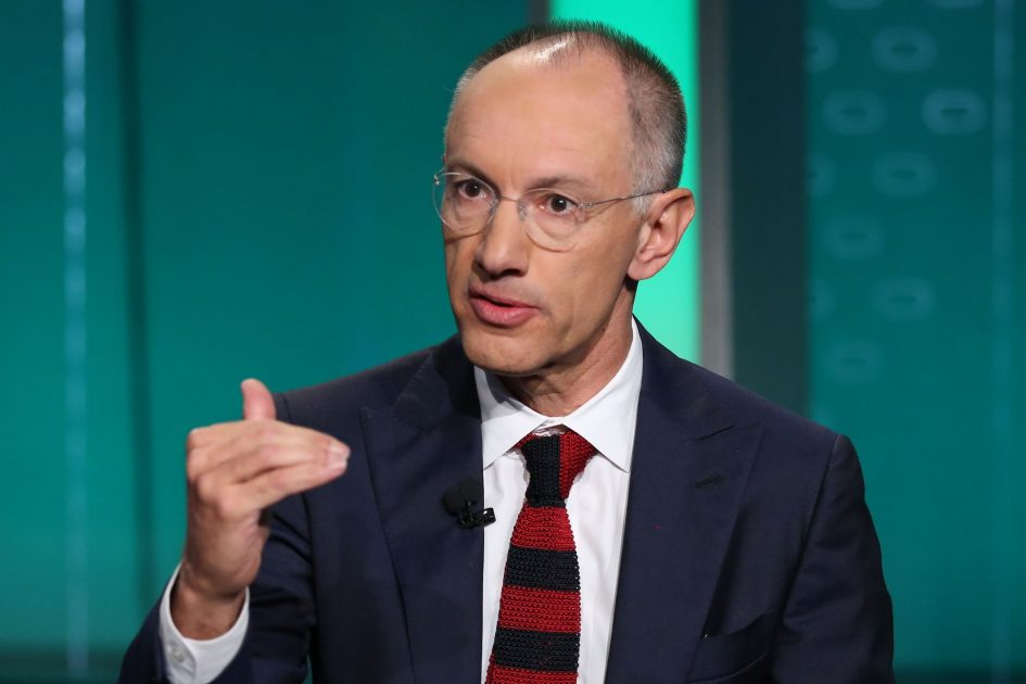 Michael Moritz of Sequoia compares IPO bankers to ticket scalpers
