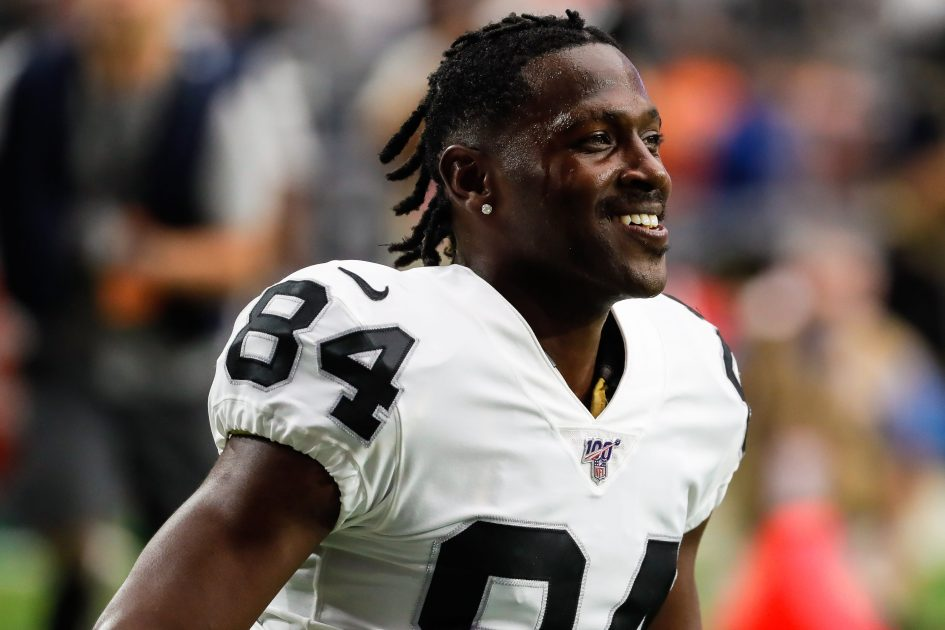 Antonio Brown agrees to deal with Patriots