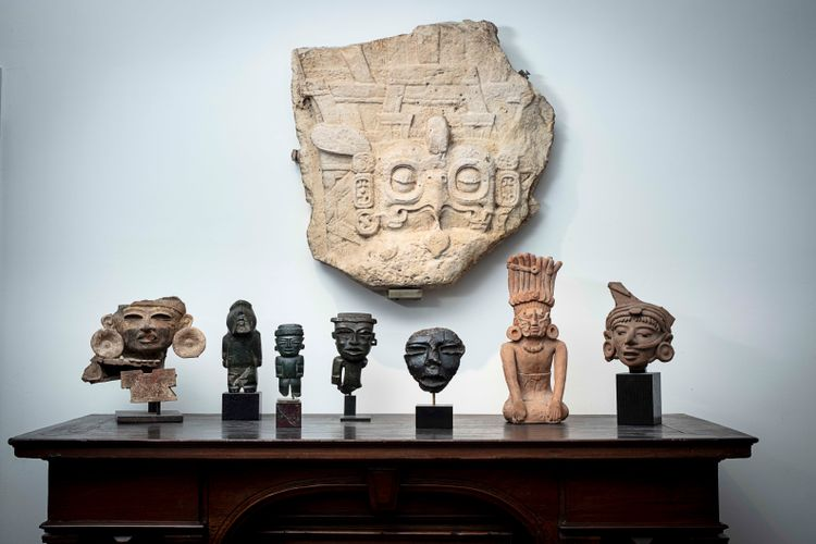 Pre-Columbian auction in Paris goes ahead in face of protest from Guatemala and Mexico