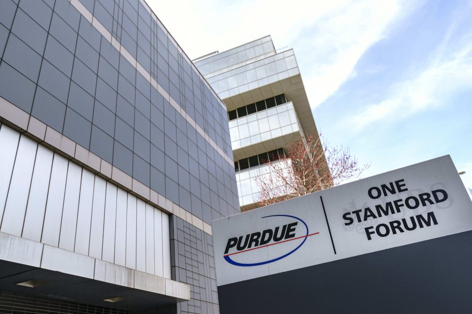 Purdue Pharma reaches tentative deal to settle roughly 2,000 opioid cases