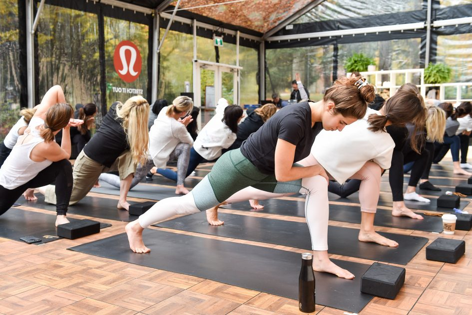 Watch this level in Lululemon as fellow athleisure giant Nike reports