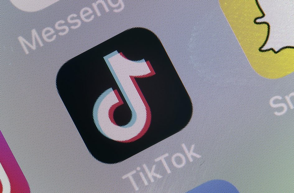 How to learn about managing your money on TikTok