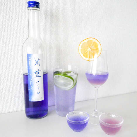Color-Changing Cocktail Sakes : blue sake
