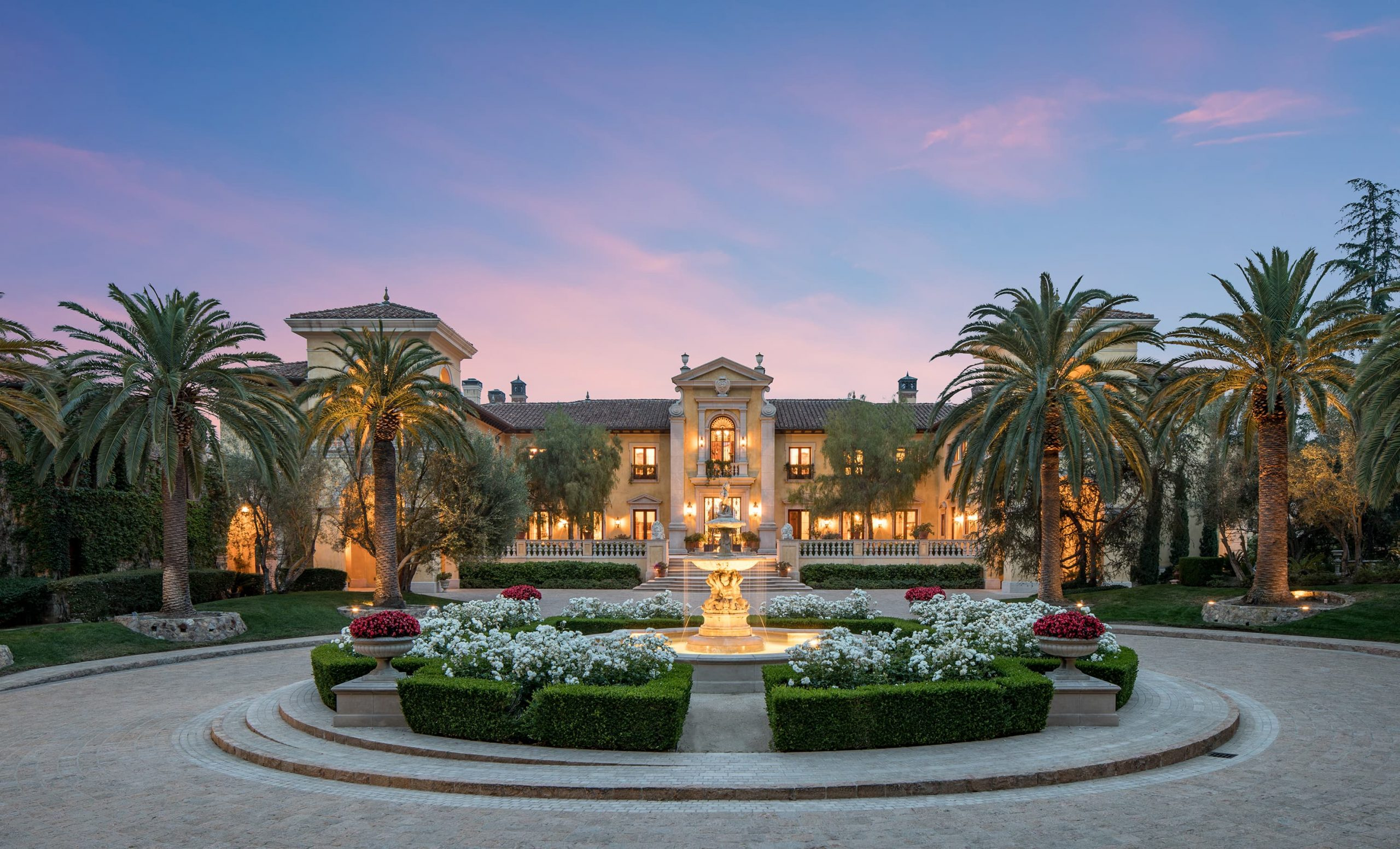 $160 million mansion will be the most expensive ever auctioned