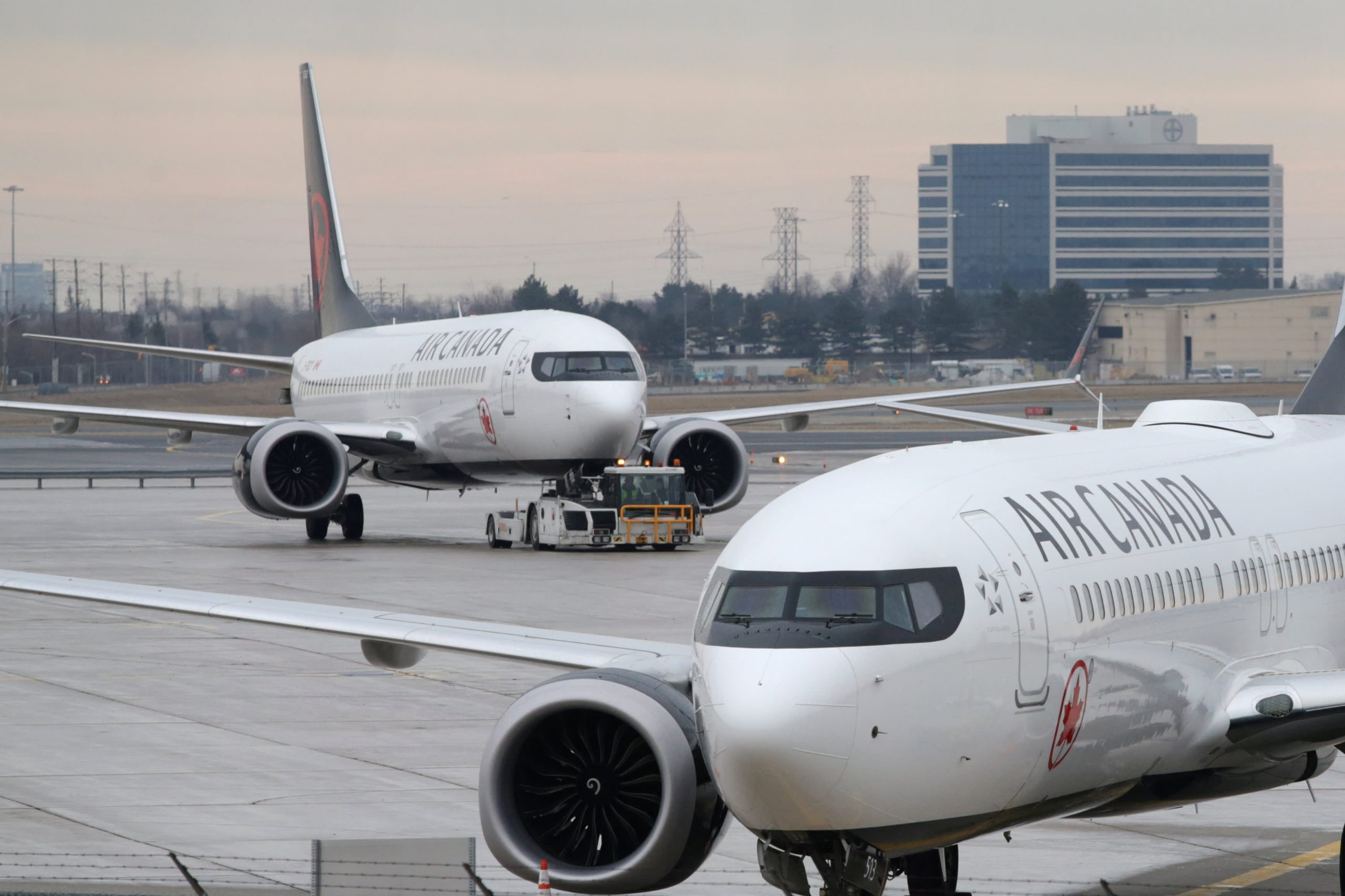 Air Canada Boeing 737 Max ferry flight diverts after engine issue