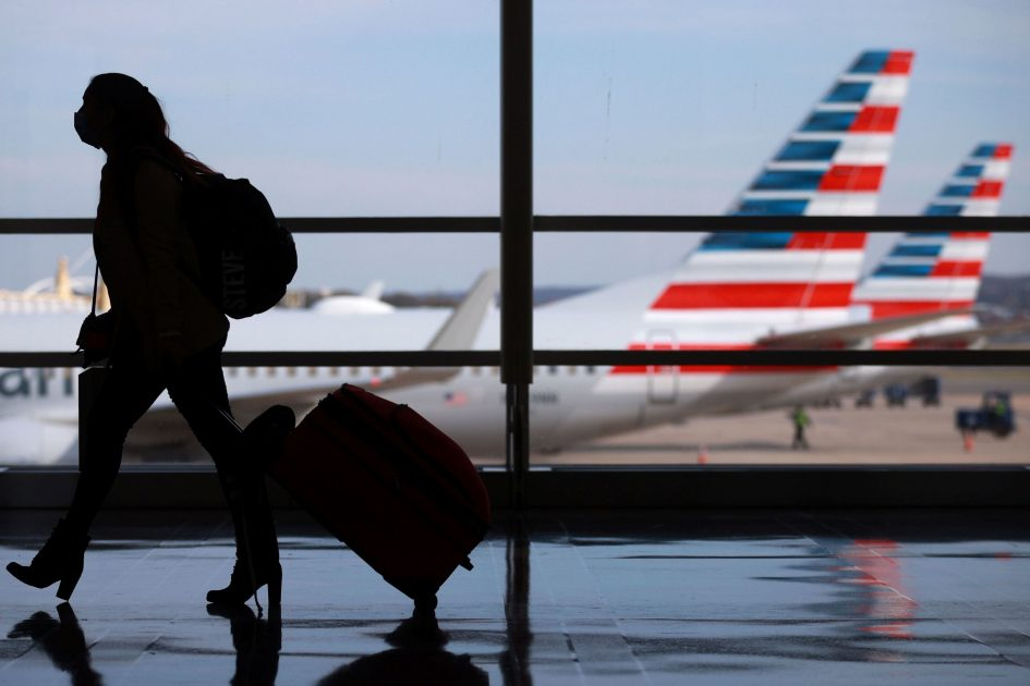 Airlines on track to get $15 billion in federal aid, must call back more than 32,000 furloughed workers
