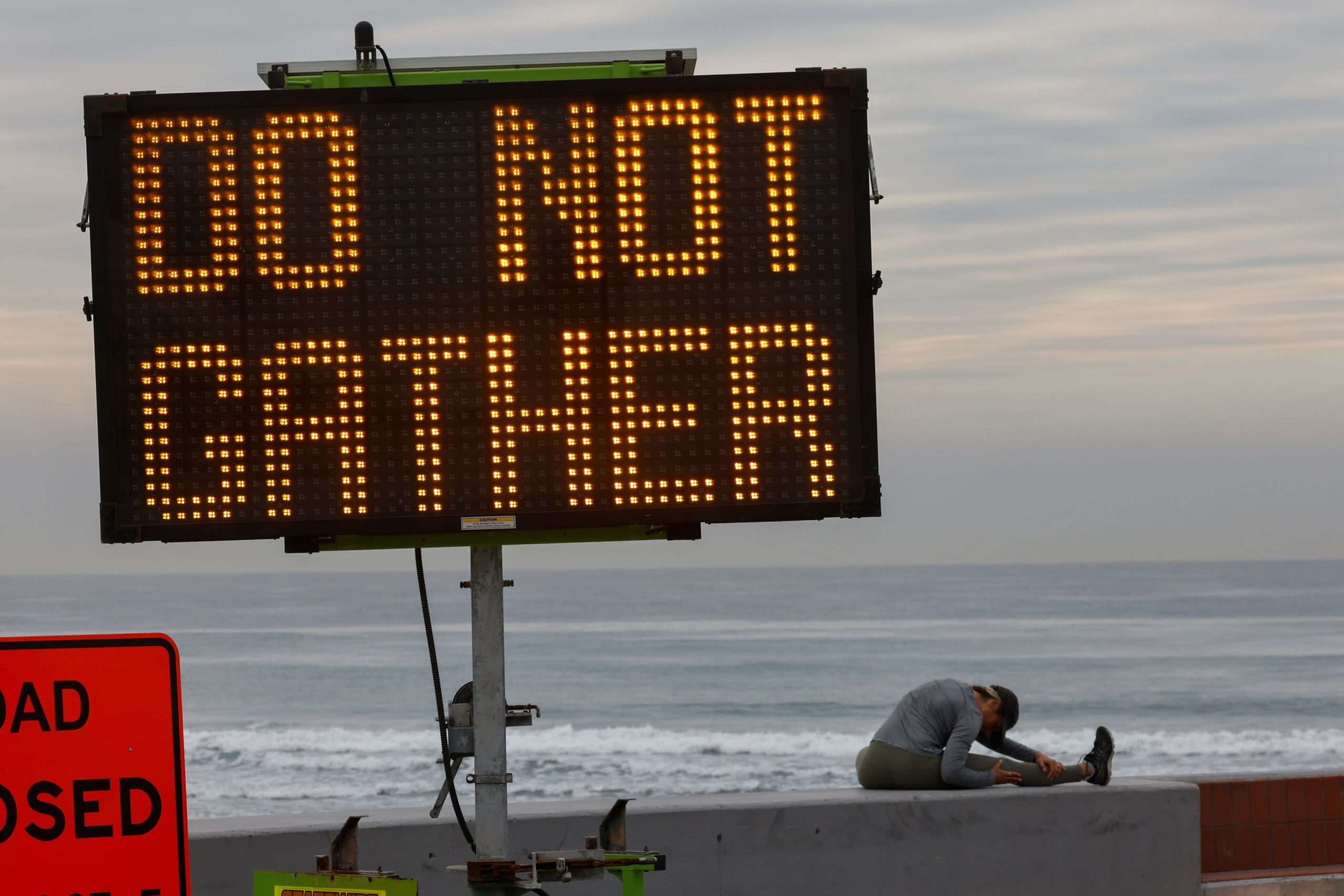 New warnings of a Covid 'Christmas wave and New Year's wave in January'