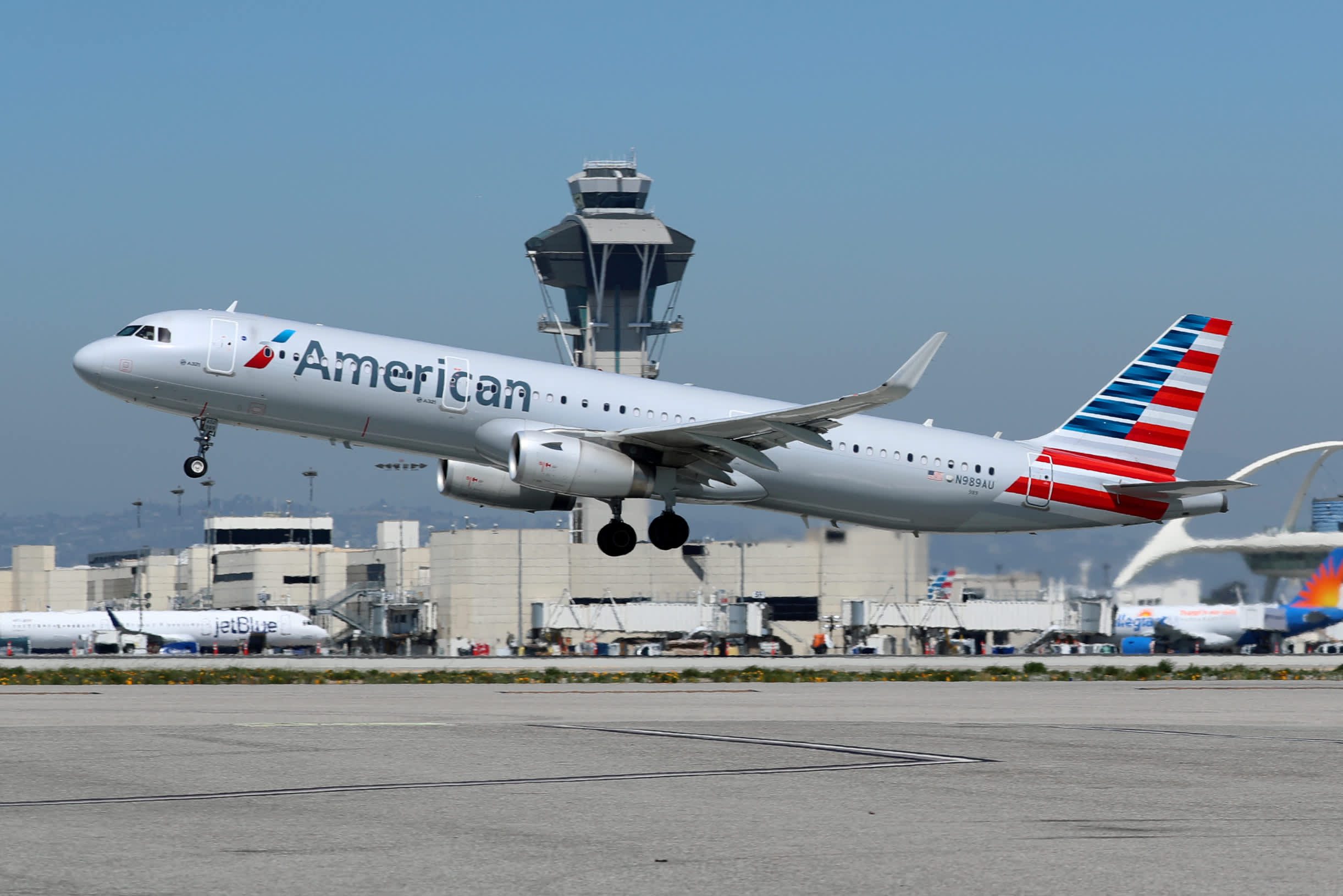 American Airlines surges after better-than-expected results, squeezing short sellers