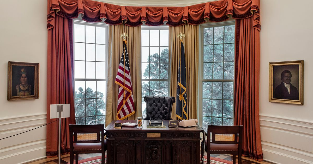 On eve of US inauguration, a chance to visit the president's office