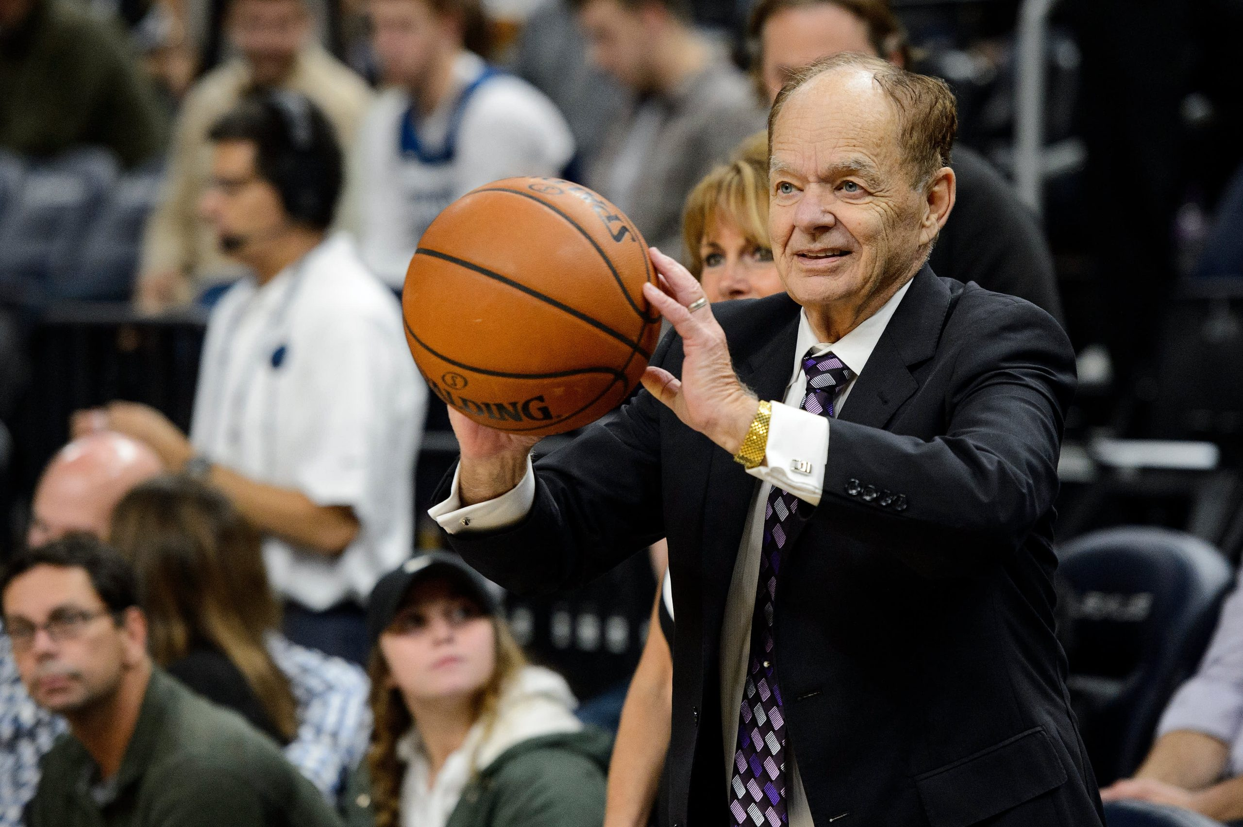 Minnesota Timberwolves could sell for over $1 billion, but they're saddled with leadership and image problems