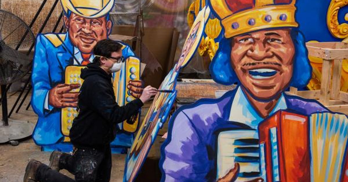 You can now buy a piece of a New Orleans Mardi Gras 'house float' to support local artists