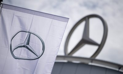 Daimler CEO expects 'intense competition' if Apple and Alibaba enter electric vehicle market