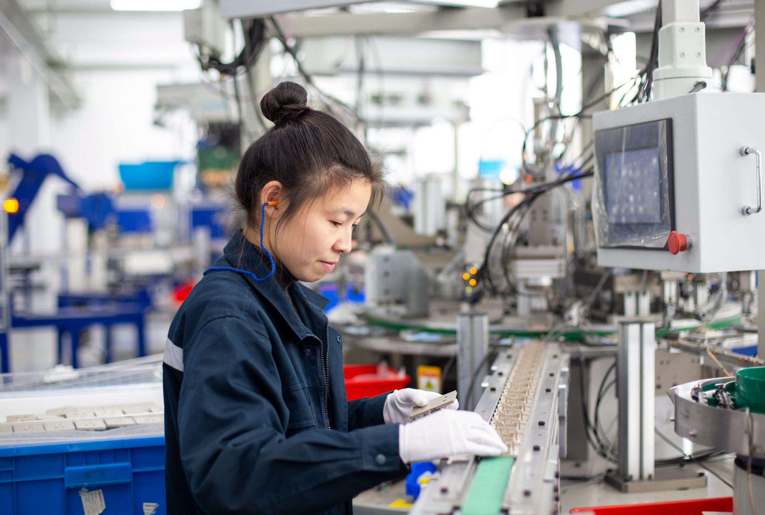 Manufacturing could return to China, as Covid cases spike in India and Vietnam