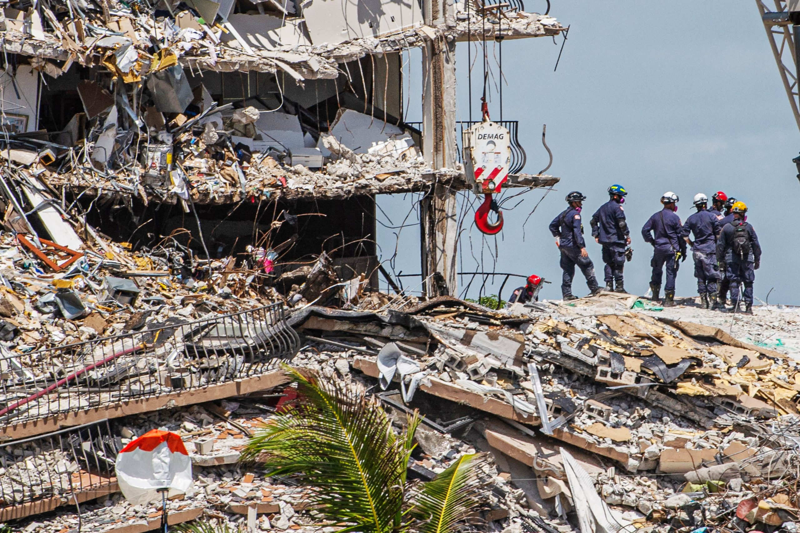 At least 9 dead, 152 unaccounted for in Florida condo tower collapse